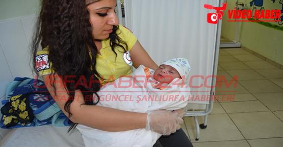 Şanlıurfa'da Yeni Doğan Bebeği Sokağa Attılar