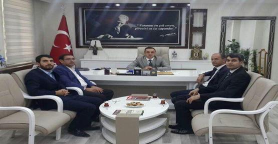 Şehit Aileler'den Kayyum Atanan Belediye Başkanına Ziyaret.