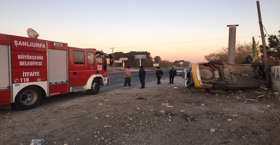 Seyir halindeki araç takla attı, 2 yaralı