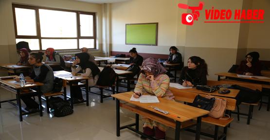 Sınava Hazırlanan Öğrencilere Büyükşehirden Destek