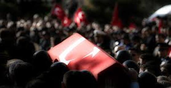 Sivil Askere Kalleşçe Saldırdı: 1 Şehit
