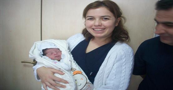 Sokağa Bırakılan Bebeğe sahip çıkıldı