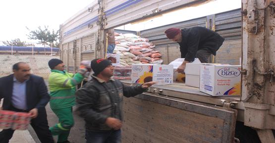 Suriye insanı yardım tırları gönderildi