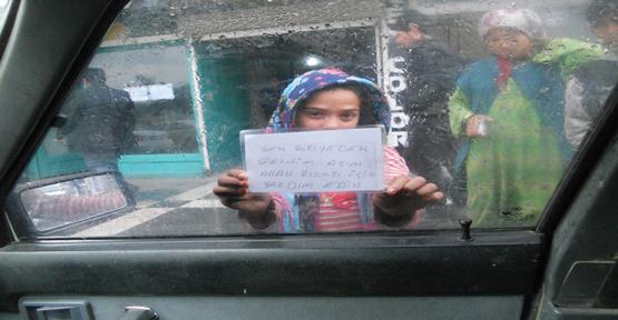 Suriyeli Dilenciler Trafikte