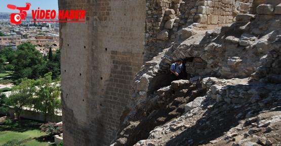 Tarihi Urfa Kalesi'de Tarihi Bulgular