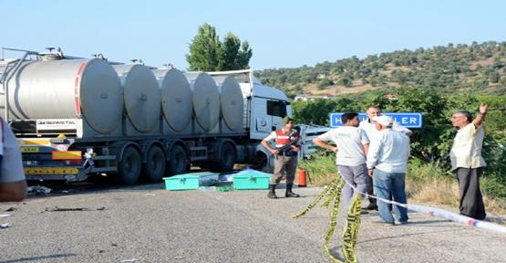 Tarım işçileri kaza yaptı, 15 ölü