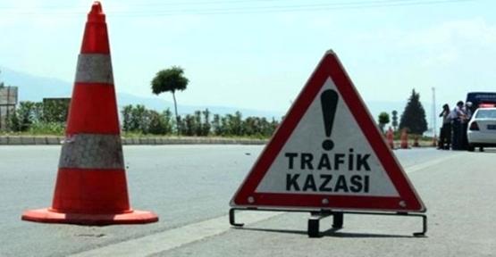 Tarım işçileri kaza yaptı, 2 ölü, 9 yaralı