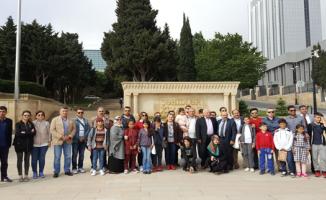 Vali Tuna'dan Öğrencilere Çok Özel Ödül