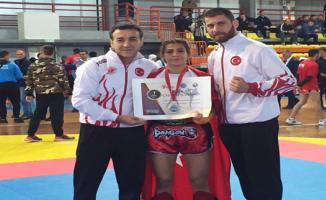 Haliliye'li Gökçe, Kickboks Balkan Şampiyonu