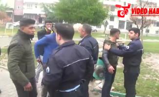 Urfa polisi okul önlerini denetledi