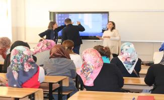 Giresun'a Giden Mevsimlik İşçilerine Eğitim Programı