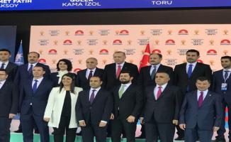 Cumhurbaşkanı Erdoğan AK Partili adaylarla fotoğraf çektirdi