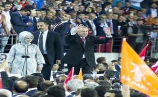 Erdoğan AK Parti'nin Seçim Beyannamesini Açıkladı, Toplumun Her Kesimine Ayrı Ayrı Müjdeler Verdi