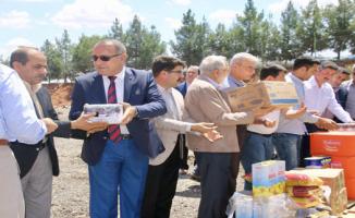 Suriye'ye 6 Tır İnsani Yardım Malzemesi Gönderildi