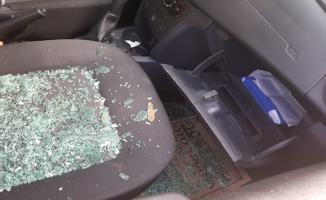 Şanlıurfa'da Park Halindeki Araçların Camları Kırıldı