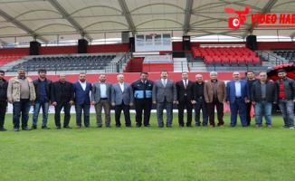 Başkan Baydilli'den Karaköprü'ye Stadyum Hediyesi