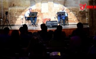 İki Mızrap Bir Ses' Konseri Yoğun İlgi Gördü