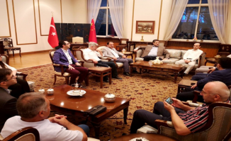 Türk Araştırmacı, Akademisyen, Gazeteci ve İş adamlarından Büyükelçi Önen'e ziyaret