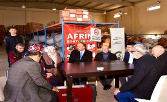 Şanlıurfa'dan İdlib'e 3 tır yardım malzemesi