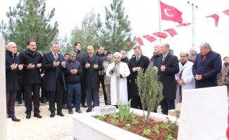 Şehit Ahmet Oktay Günak kabri başında anıldı