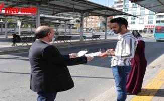 Büyükşehir'den Vatandaşlara Ücretsiz Maske Dağıtımı