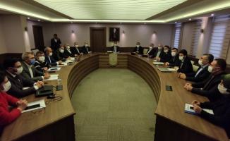 Şanlıurfa Büyükşehir Belediyesi'nde çalışan işçileri yakından ilgilendiren Toplu İş Sözleşmelerinin ikinci oturumu Şanlıurfa Büyükşehir Belediyesi Genel Sekreteri Mahmut Kırıkçı'nın başkanlığında gerçekleştirildi.