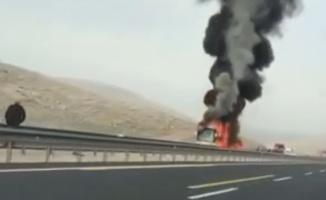 Şanlıurfa'da Yolcu otobüsü yandı