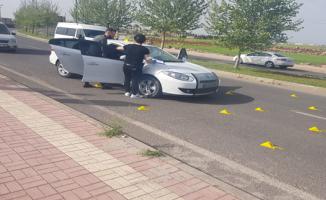 Şanlıurfa'da otomobil silahla tarandı