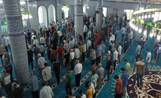 Peygamberler şehri Şanlıurfa'da Mevlit Kandili coşkusu