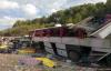 Otobüs devrildi, 13 ölü