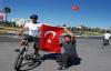 Terör olaylarını protesto etmek için Ankara'ya yürüdü