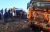 TIR ile öğrenci servisi çarpıştı: 7 ölü, 16 yaralı