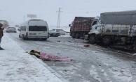Urfa'da yollar kapandı, 2 ölü, 30 yaralı