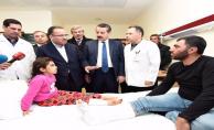 Bakan Çelik ve Bozdağ Urfa'daki yaralıları ziyaret etti