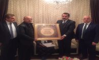 Bakan Çelik şehit ailesini ziyaret etti