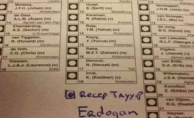 Hollanda genel seçiminde oy pusulasından Erdoğan'a oy çıktı