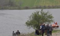 Urfa'da iki genç kurtuldu, biri kayboldu