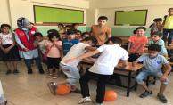 Gençlik Merkezi Suriyeli Çocukları Unutmadı