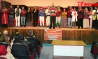 Şanlıurfa Şehir Tiyatrosu, 'Komşu Köyün Delisi' Tiyatro Oyunu İle Perdelerini Açıyor