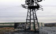 Vatandaşın 'Sahte Sigorta' Taktığı Trafo Alev Alev Yandı