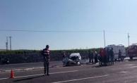 Bozova Yolunda Trafik Kazası: 2 ölü, 4 Yaralı