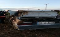 Akçakale'de Araç Tarlaya Devrildi, 2 Yaralı