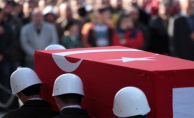Mersin'de askerleri taşıyan otobüs devrildi: 5 asker şehit oldu, 10 asker yaralandı