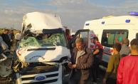 Şanlıurfa'da trafik kazası, 1 ölü,8 yaralı
