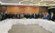Başkan Aslan, Genişletilmiş il başkanları toplantısında Urfa'yı anlattı