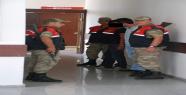 Aranan şahıslar terminalde yakalandı