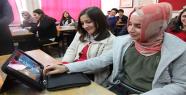 Beyatlı Anadolu Lisesine Tablet dağıtıldı