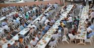 Bozova Platformu Şanlıavşar Köyünde İftar Yemeği Verdi