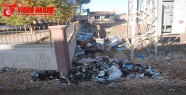 Çöpler sağlık ocağını sarmış