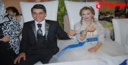 Düğünde Gelinle Damada 'Kelepçe' Takıldı